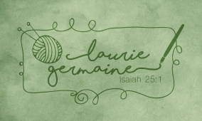 lauriegermaine_background_logo